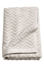 Jacquard-patterned bath towel - Light grey - Home All | H&M CN 3